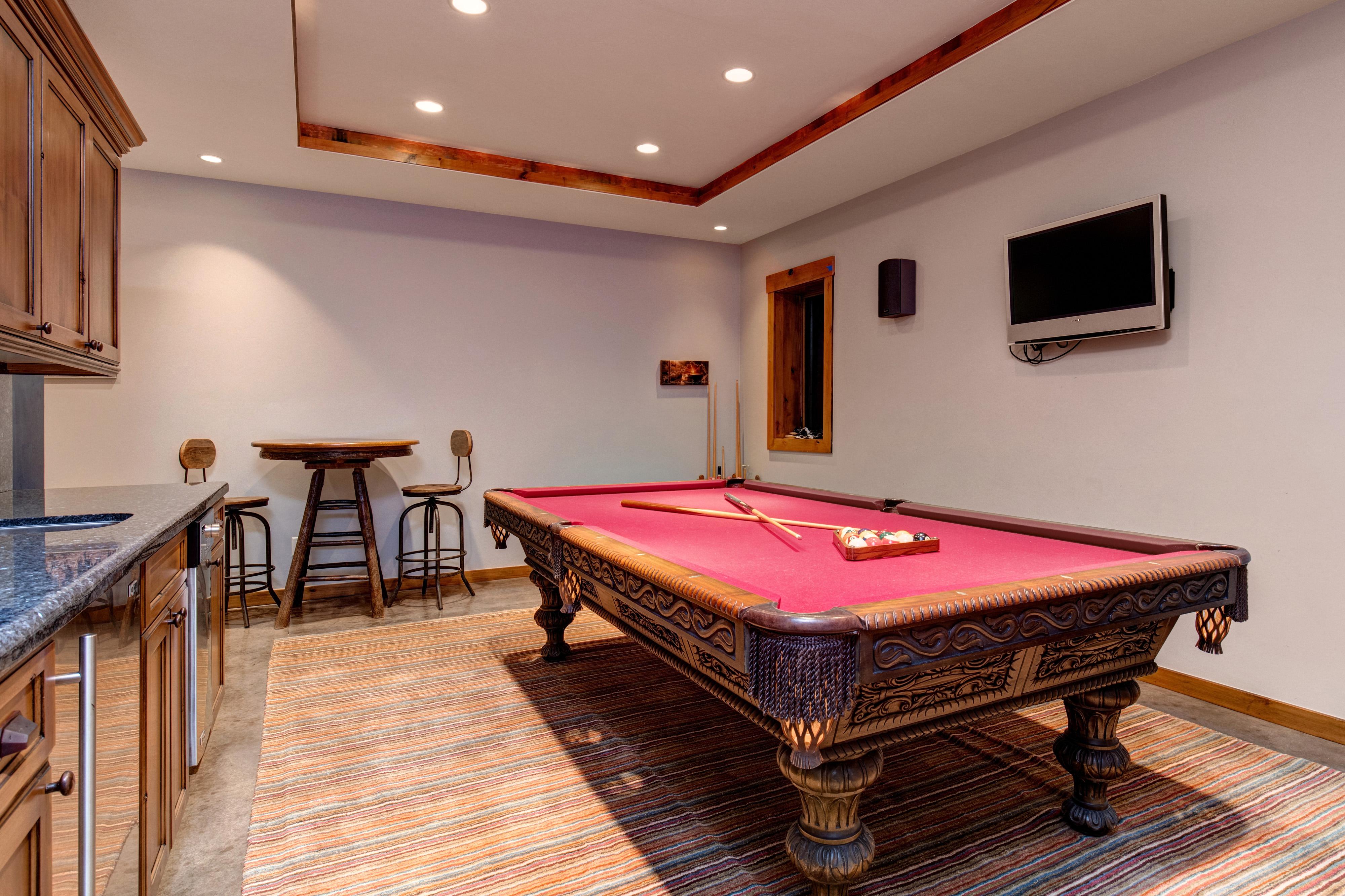 Abode Luxury Rentals Jackson Hole Teton Manor Interior Pool