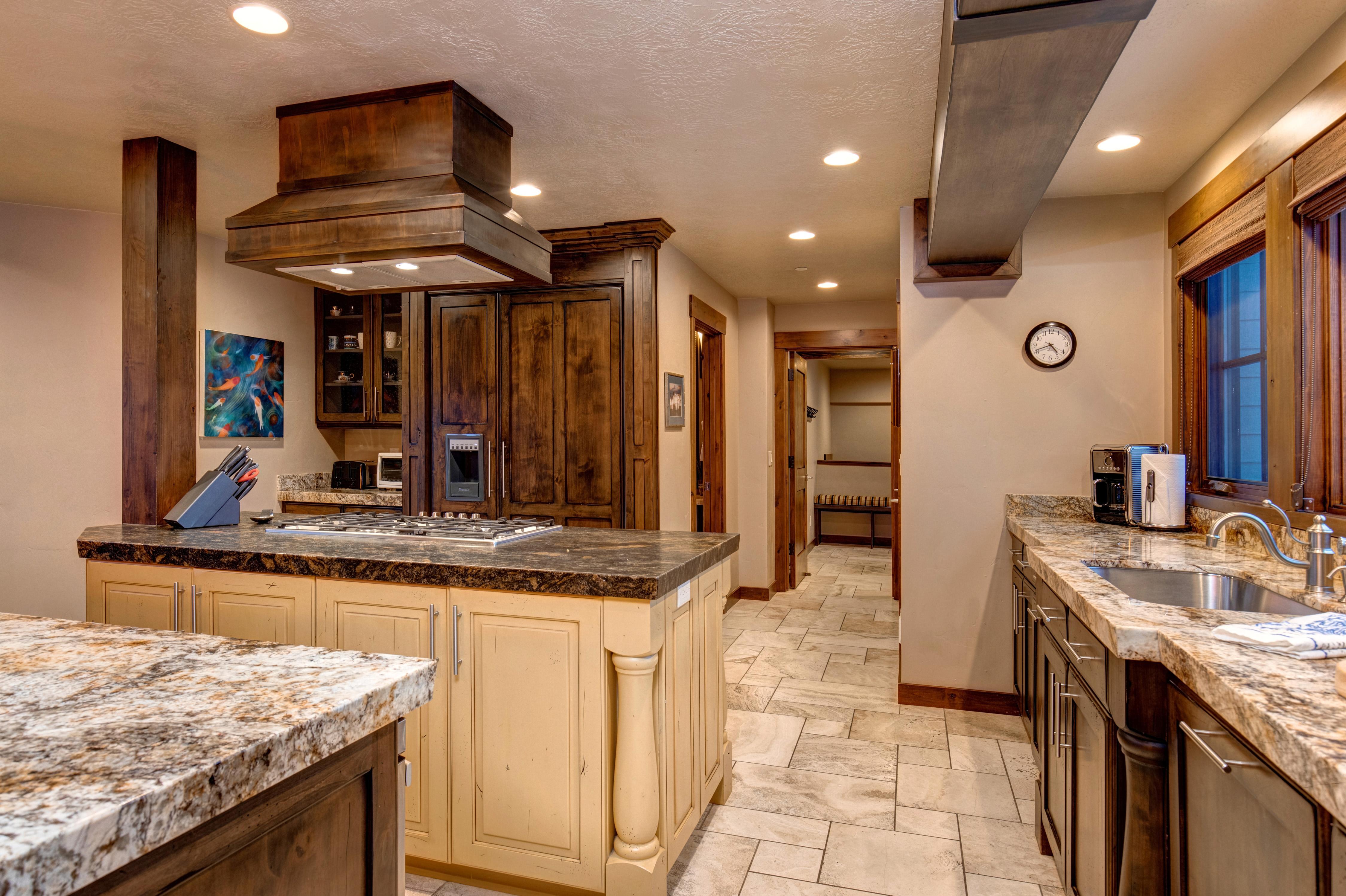 Abode Luxury Rentals Atop Park City Interior Kitchen 2 Abode
