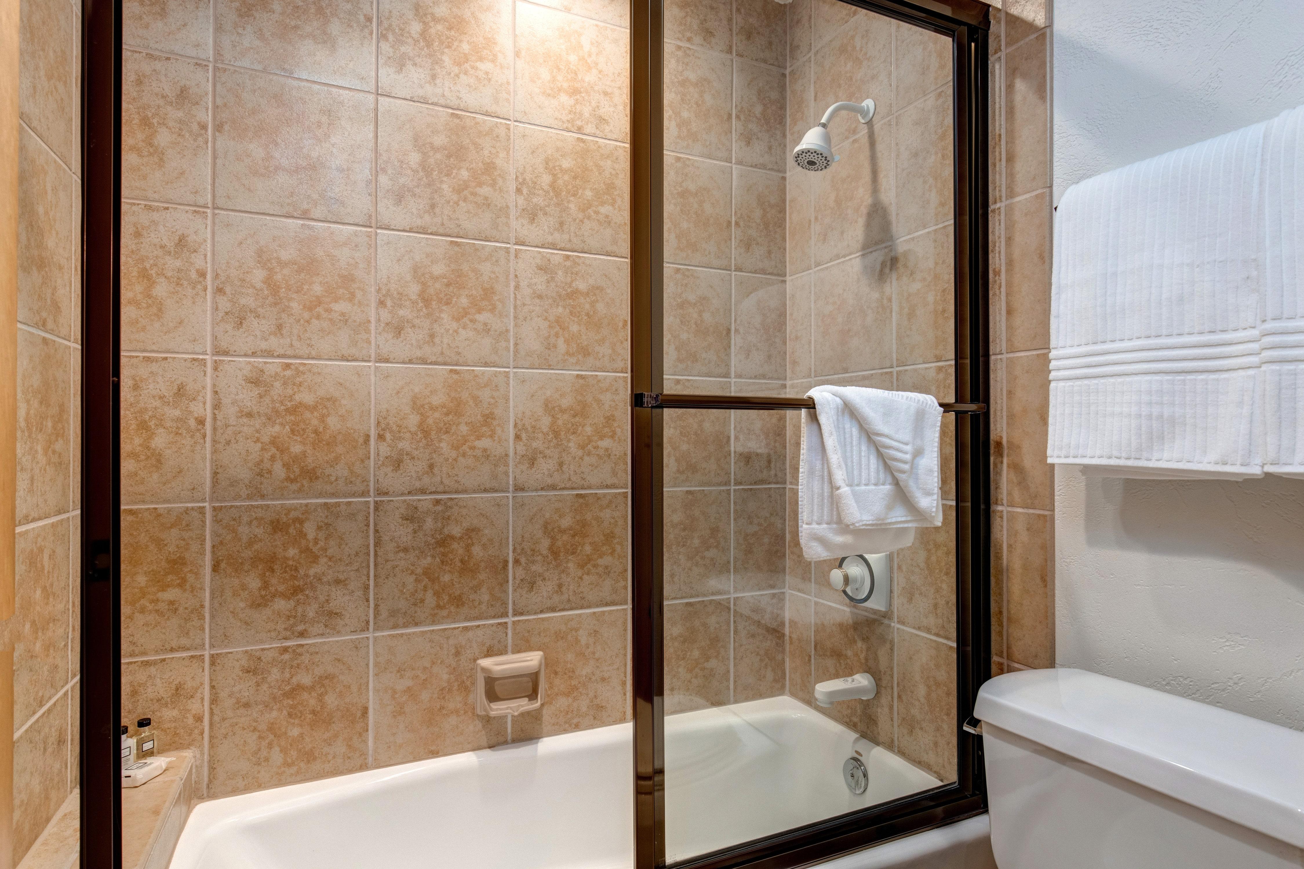Abode Luxury Rentals Park City Utah Deer Valley Sterling Lodge Interior  Bathroom 4.2