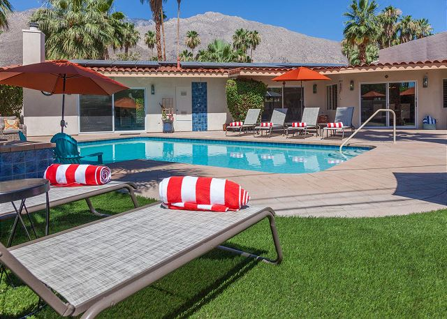 Hidden Haven - Palm Springs Vacation Home rental available through Acme House Co. Photo: Eric Lynch
