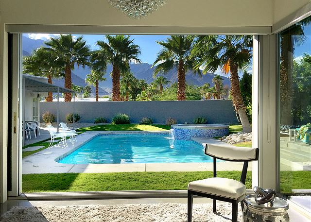 Where To Stay For Palm Springs Modernism Week: 7 Mid Mod Homes To Rent