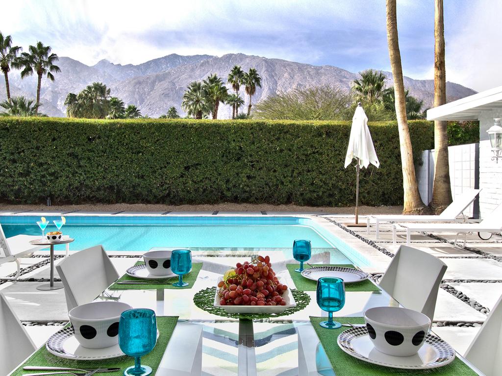 Palm Springs Girls Weekend