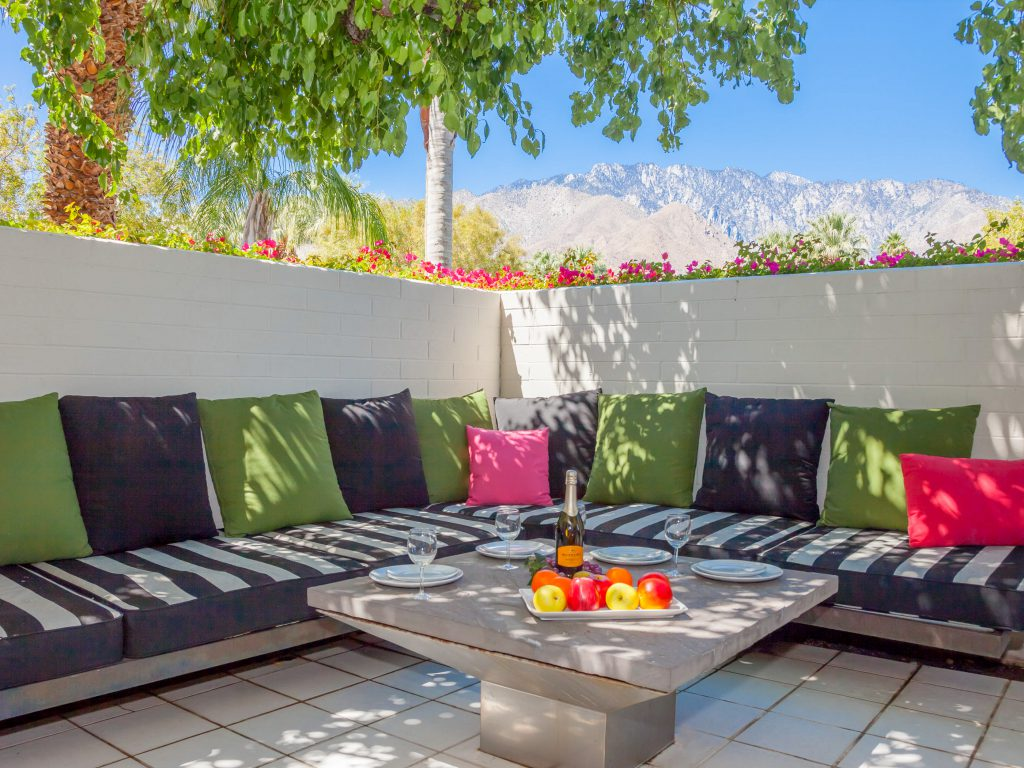 Coachella Hosts Concert -Studio '72 - Palm Springs Vacation Rental