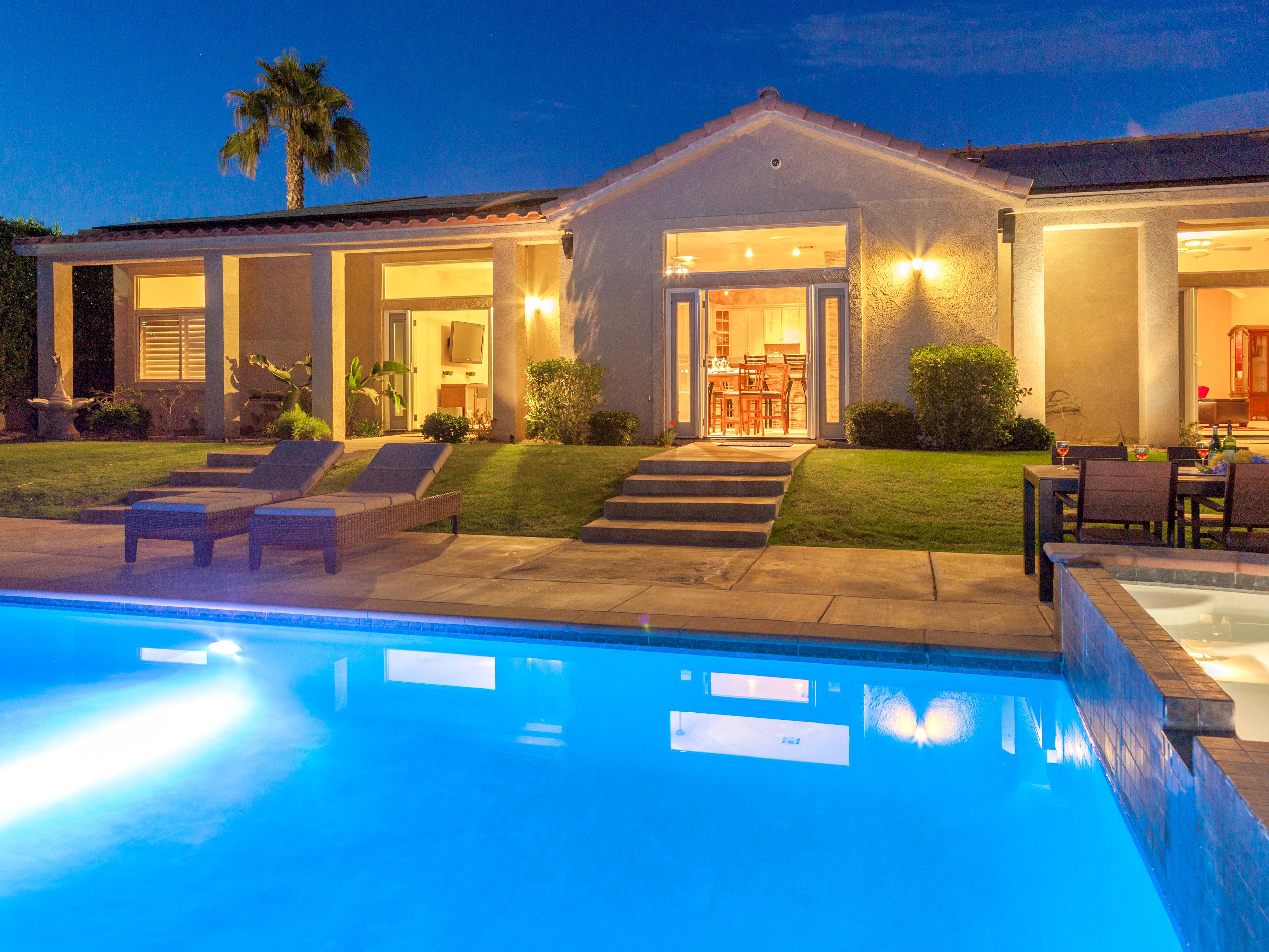 Where to Stay near Coachella.