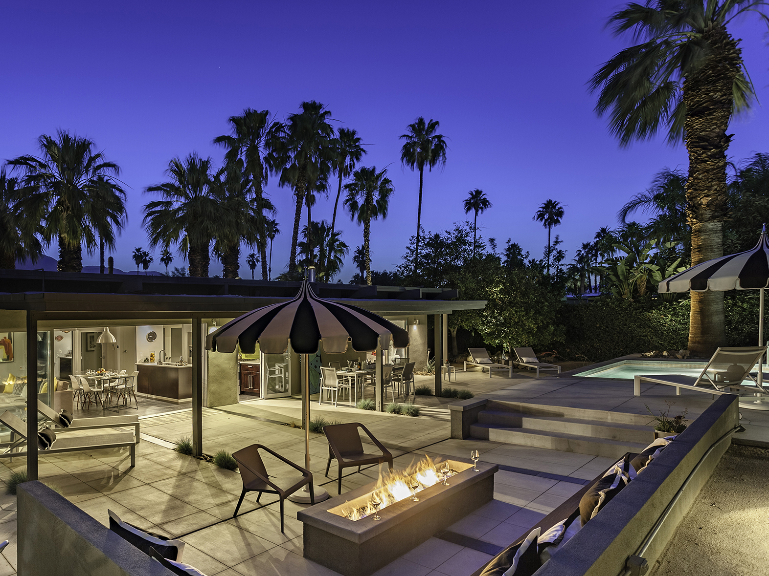 Beverly Modern - Palm Springs Vacation Home Rental