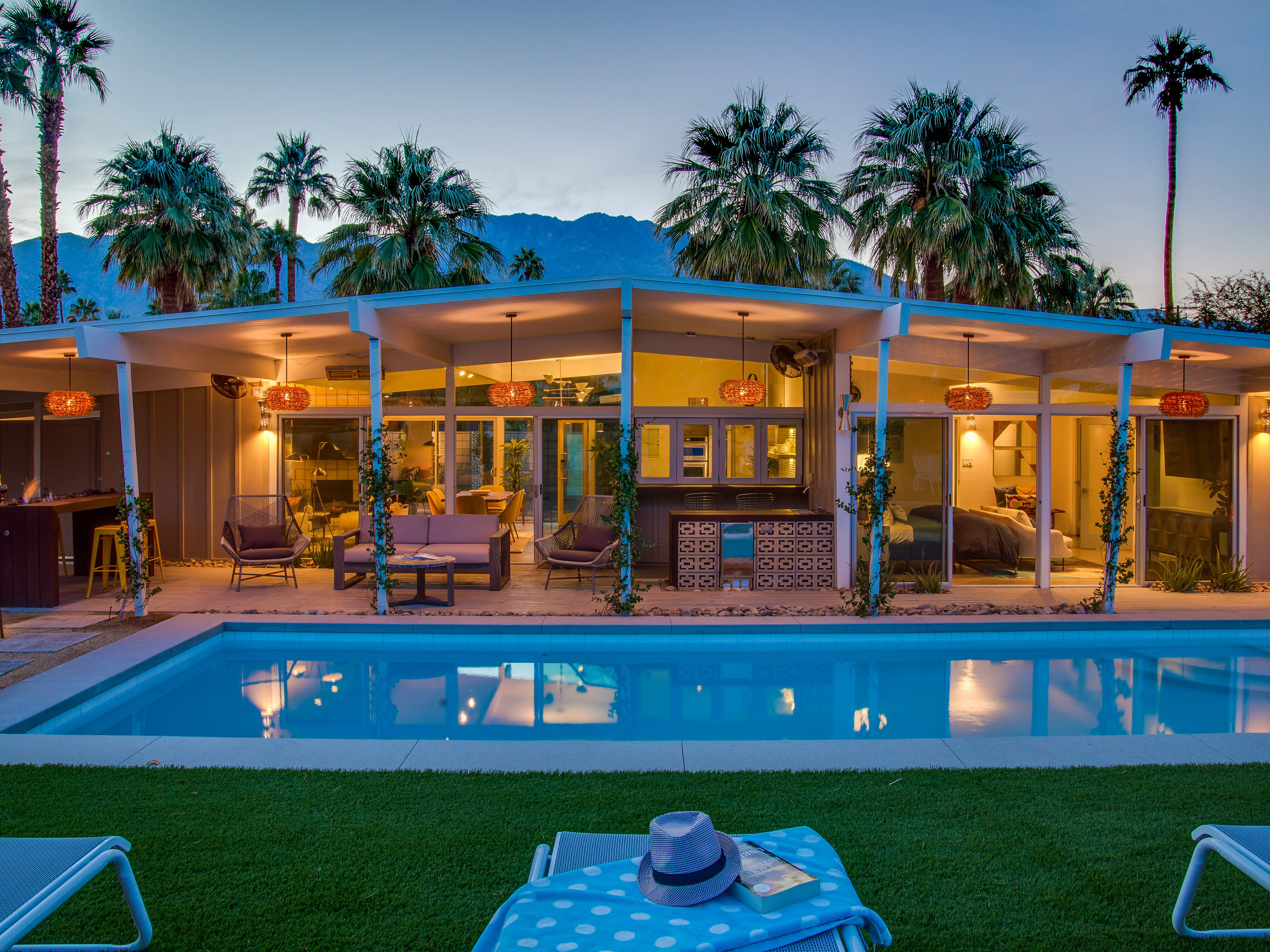 The West Elm House - Palm Springs Vacation Home Rental