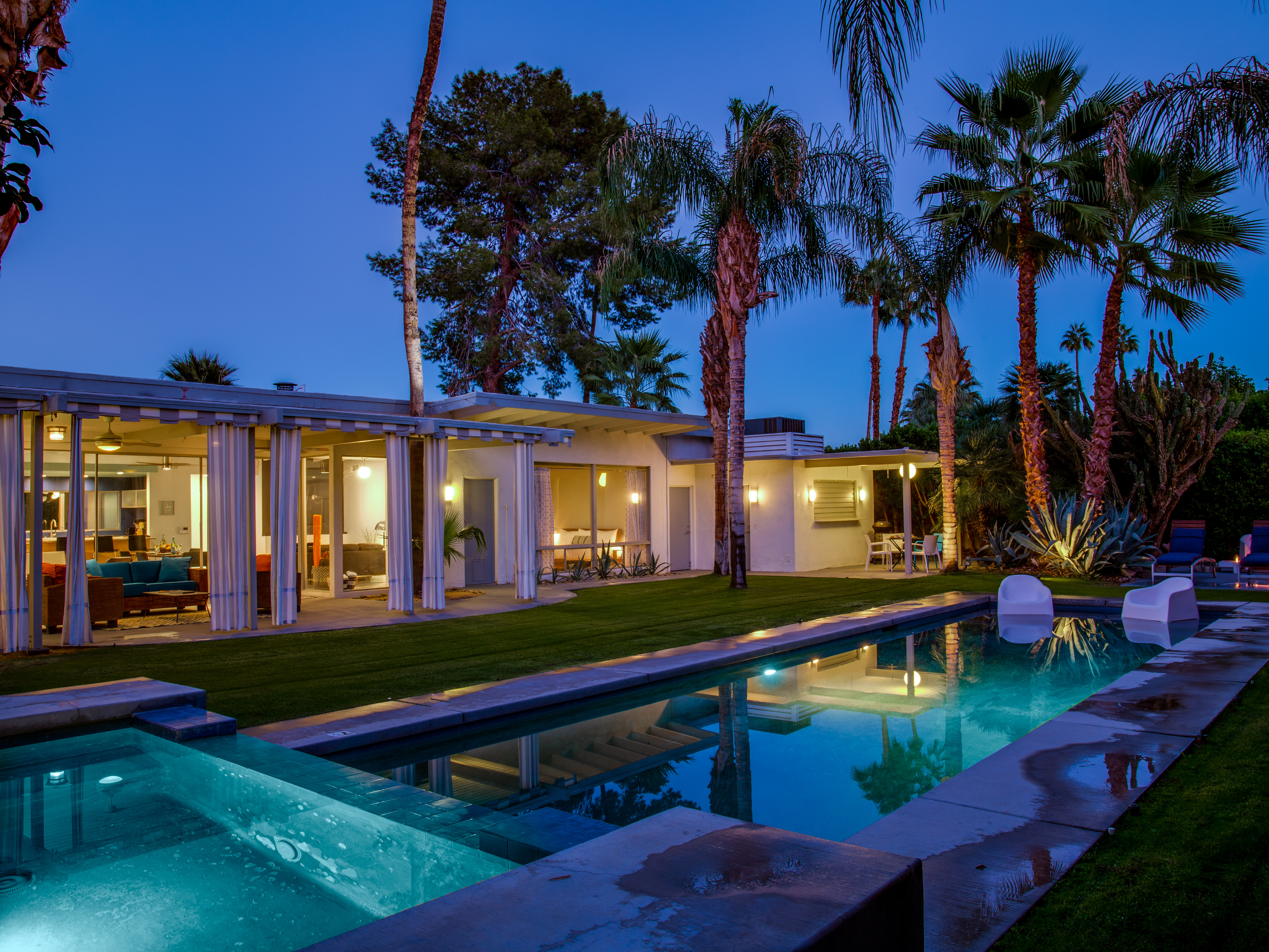 Lost Oasis - Palm Springs Vacation Home Rental