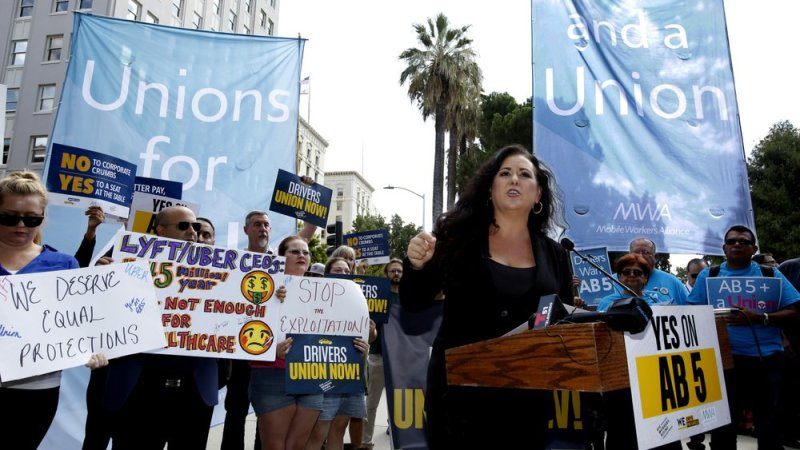 California governor signs protections for Uber, Lyft drivers and other gig workers