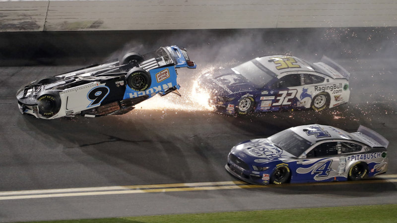 Denny Hamlin wins Daytona 500, Ryan Newman crosses finish line on roof
