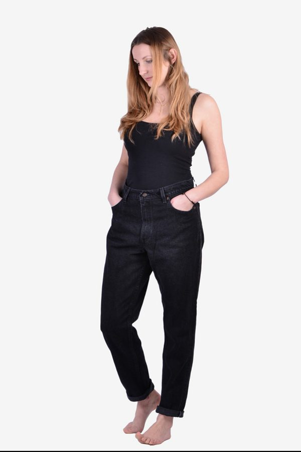 Vintage Levi's 551 jeans