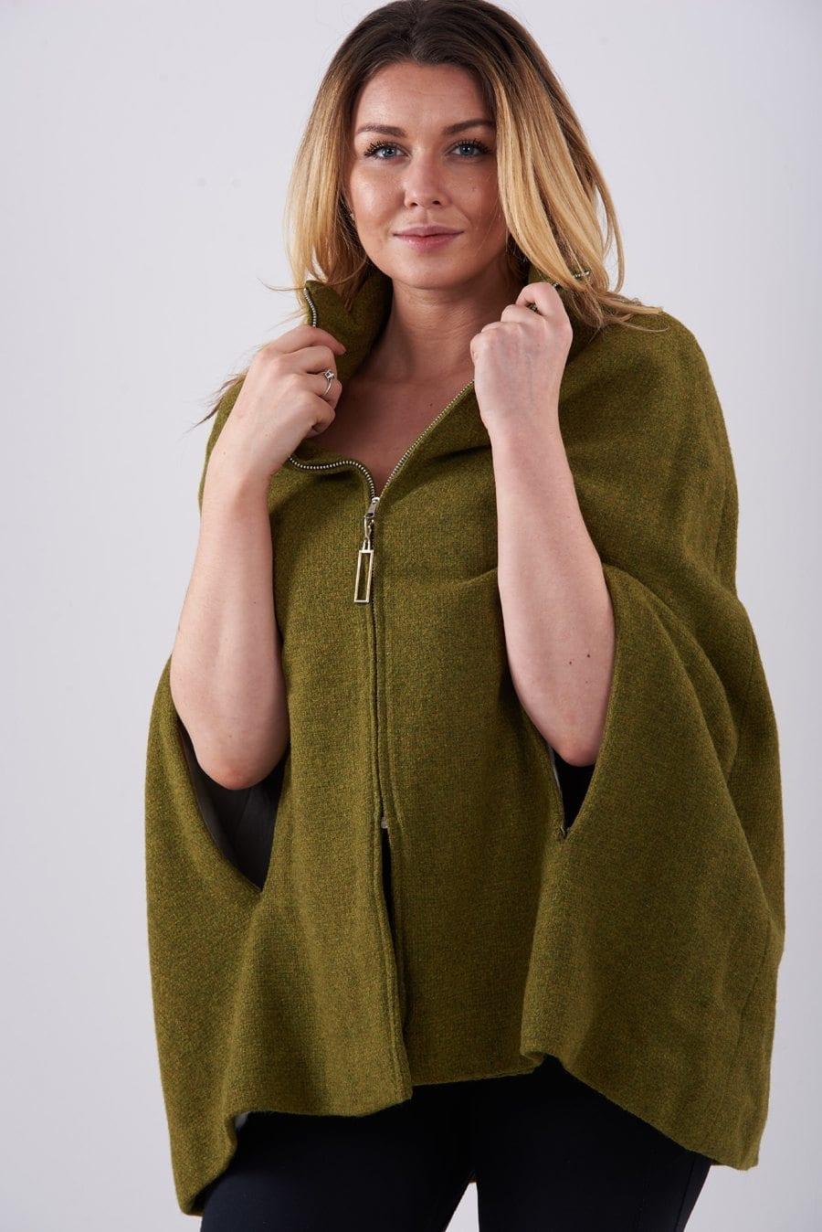 Vintage 1960's wool cape