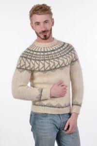 Vintage men's Icelandic jumper