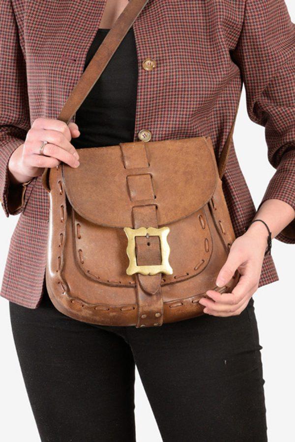 Vintage women's leather shoulder bag