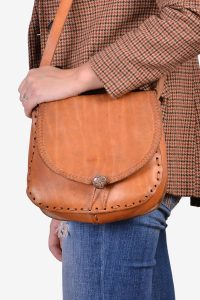 Vintage tan brown leather saddle bag