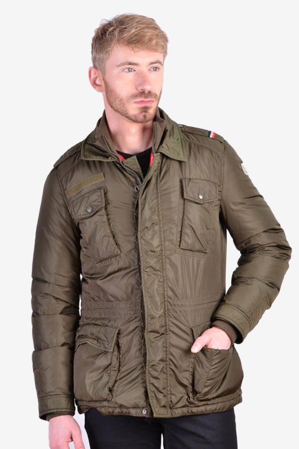 Moncler Norme Afnor G32-003 coat