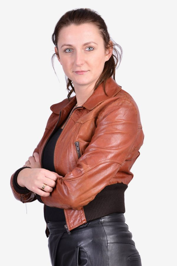 Vintage women's leather bomber jacket