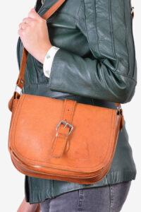 Vintage 1980's leather shoulder bag