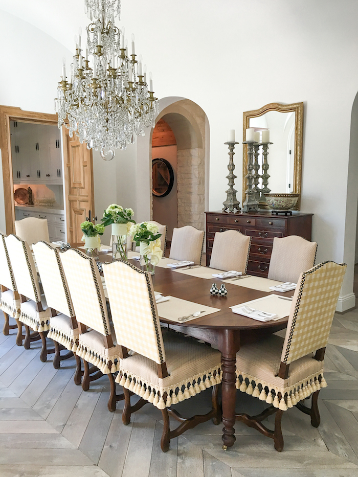 southern dining room