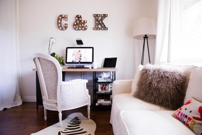 carrie bradshaw lied home office