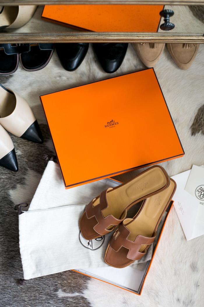 115144818 Hermes Oran Sandals