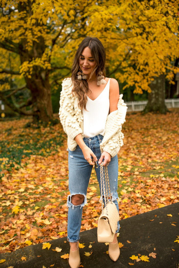 styling mom jeans