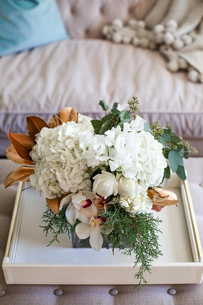 hydrangea and rose floral arrangement