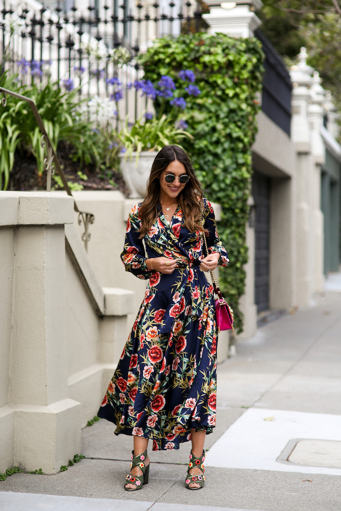 "9fbb251b9857 13 thoughts on ""Floral Wrap Dress"""