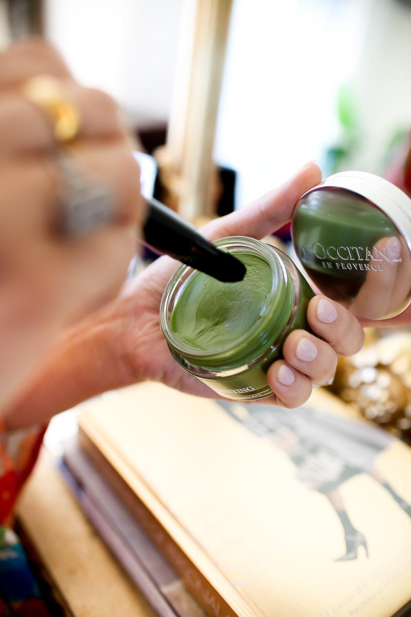 purifying face mask