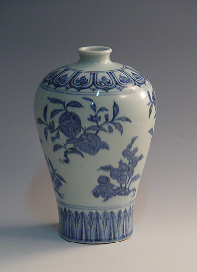 china Blue-and-white plum bottle with fruit pattern 8-253
