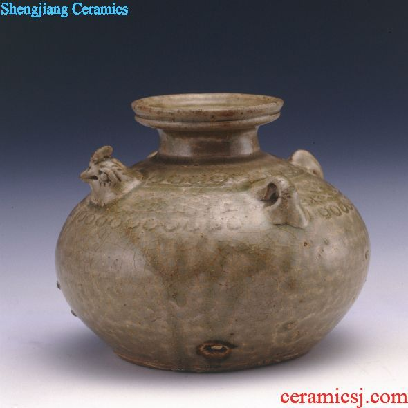 青釉刻花双系鸡首壶 Green glaze carved double chicken first pot