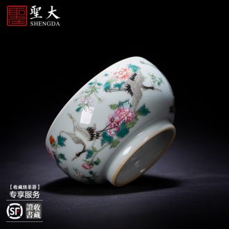 Holy big ceramic kung fu tea cups a hoard of green enamel decorated butterfly master sample tea cup all hand of jingdezhen tea service