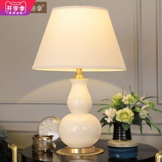 Emperor take American ceramic desk lamp lights sitting room atmosphere decoration lamp of bedroom the head of a bed full of pure copper lamp