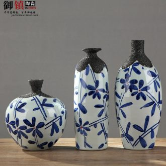 Jingdezhen household act the role ofing is tasted furnishing articles three-piece sitting room TV ark wine porch decoration creative arts vase