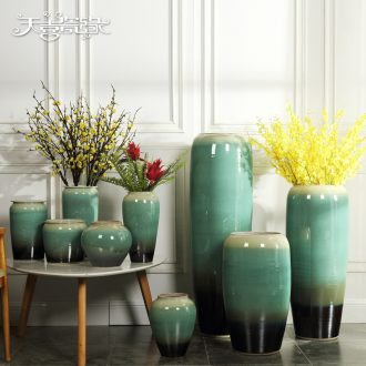 Jingdezhen ceramic vase of large modern European sitting room hotel villa dried flowers flower arrangement, adornment is placed
