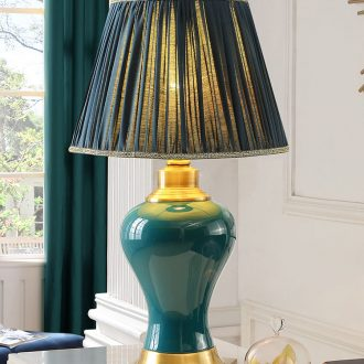 Emerald green ceramic desk lamp the study of new Chinese style restoring ancient ways American luxury european-style bedroom berth lamp sitting room atmosphere