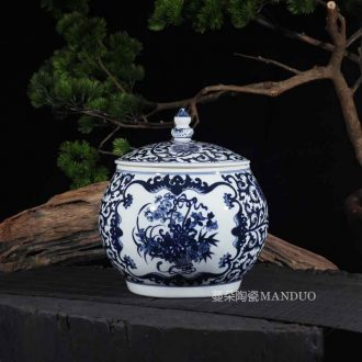 Hand painted blue and white porcelain porcelain cover pot green rice jar of peanut soy pot a large tea pot rice
