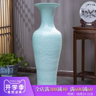 Jingdezhen ceramics hand-carved vase peony landing big new Chinese style household furnishing articles sitting room hotel decoration