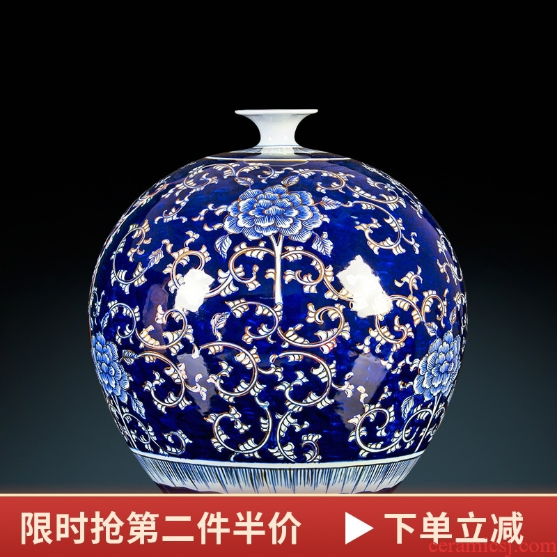 Jingdezhen ceramic masters hand-painted paint pomegranate bottles of blue and white porcelain Chinese style decorates porch place large living room