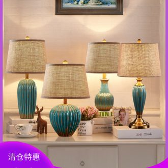 American retro small desk lamp contracted and contemporary sitting room bedroom berth lamp European ceramics Nordic wedding marriage room decoration