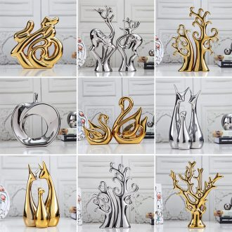 Modern creative contracted jingdezhen ceramic decoration handicraft furnishing articles set home TV ark european-style gifts