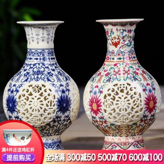 Jingdezhen ceramics archaize hollow out of blue and white porcelain vases, flower arrangement of Chinese style living room home wine rich ancient frame furnishing articles