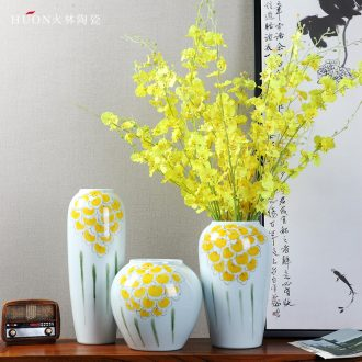 Jingdezhen high temperature ceramic vases, contemporary and contracted desktop TV ark wine accessories creative home furnishing articles