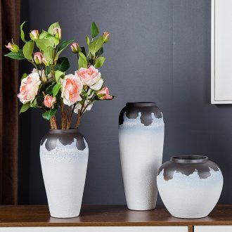Jingdezhen ceramic vases, small pure and fresh and contemporary household living room TV cabinet furnishing articles furnishing articles wine porch decoration