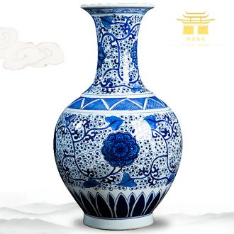Jingdezhen ceramics high-grade hand-painted antique blue and white porcelain vases, furnishing articles sitting room home decoration handicraft decoration