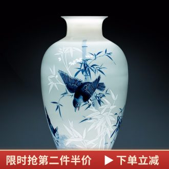 Hand blue and white porcelain vases, famous master of jingdezhen ceramics decoration of Chinese style home sitting room adornment is placed