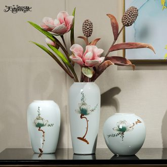 Contemporary and contracted ceramic vases, flower arranging dried flower restaurant TV ark place to live in the sitting room porch decoration decoration