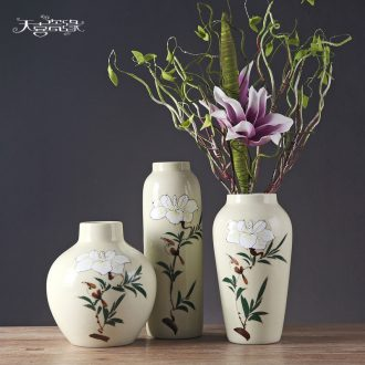 Jingdezhen contemporary and contracted sitting room european-style household ceramic vase creative dry flower arranging flowers soft adornment is placed