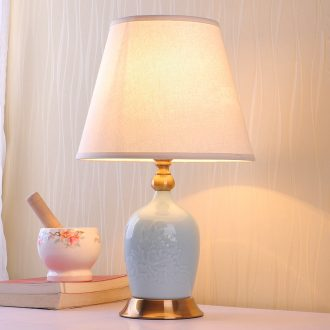 American ceramic small desk lamp warm romantic bedroom berth lamp wedding creative household to household contracted dimmer remote control