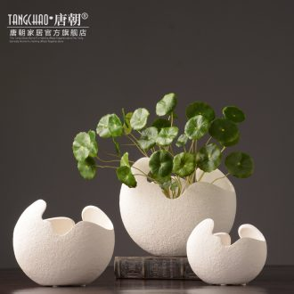 Tang dynasty insert white ceramic vase furnishing articles three-piece suit contemporary and contracted European household soft adornment sitting room decoration