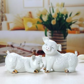 Jingdezhen creative arts home furnishing articles sitting room TV ark cute little piggy, the decoration wine ark
